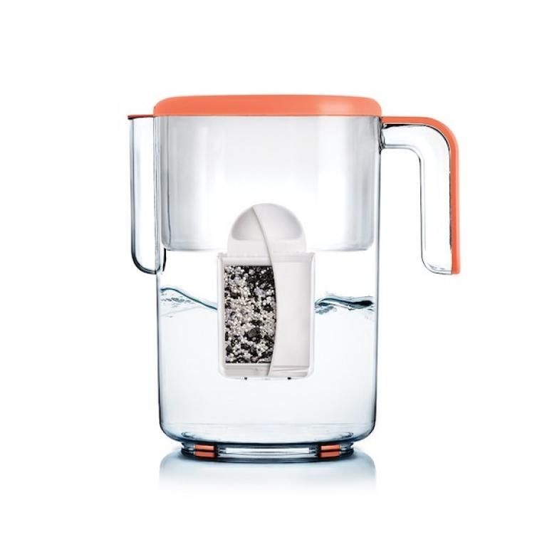 CADEAU : Pour l'achat d'un adoucisseur d'eau jusqu'au 31 juillet nous offrons une carafe filtrante
